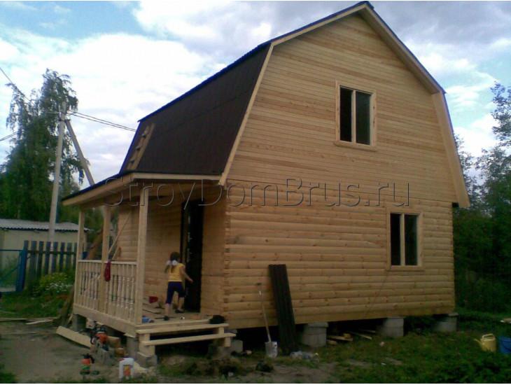 Загородный домик из бруса 6x6 с крыльцом