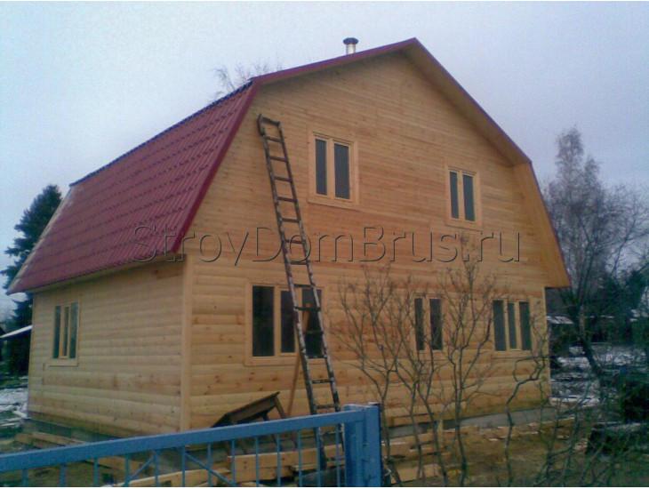 Коттеджный дом из бруса 8x9 с террасой