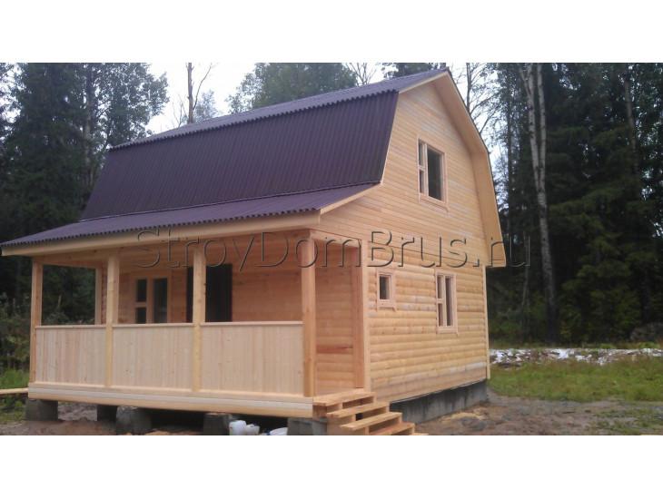 Загородный дом из бруса 8x8 с верандой